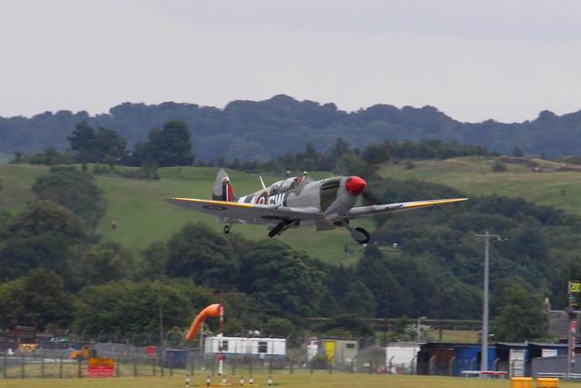 PT462, Supermarine Spitfire T9.