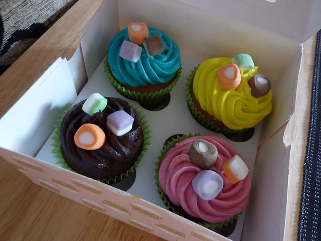 Sample wedding cupcakes chocolate and vanilla cupcakes with chocolate