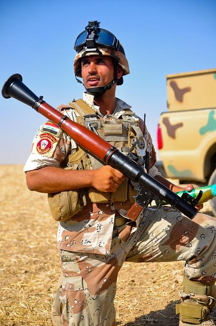 اكبر و اوثق موسوعة للجيش العراقي على الانترنت 4870356011_2724fc7a9d_z