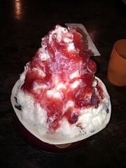 ミルク氷イチゴ