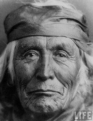 Portrait of elderly Native American Navajo man, by E.O. Hoppe 1927