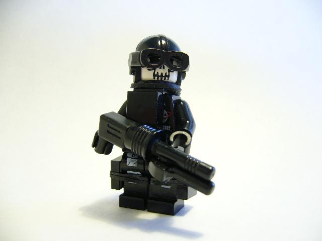 Zorskel – Skull Mask Soldier