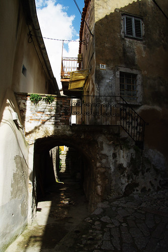 street autumn summer island town village view croatia stroll narrow krk strolling vrbnik
