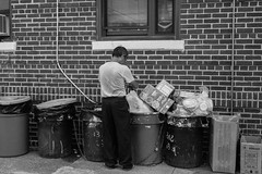 trash picker