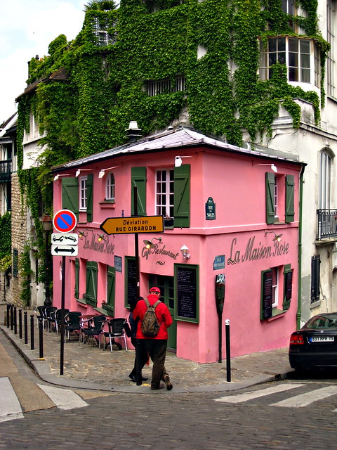 La maison rose montmartre flickr photo sharing for Rosy dans 7 a la maison