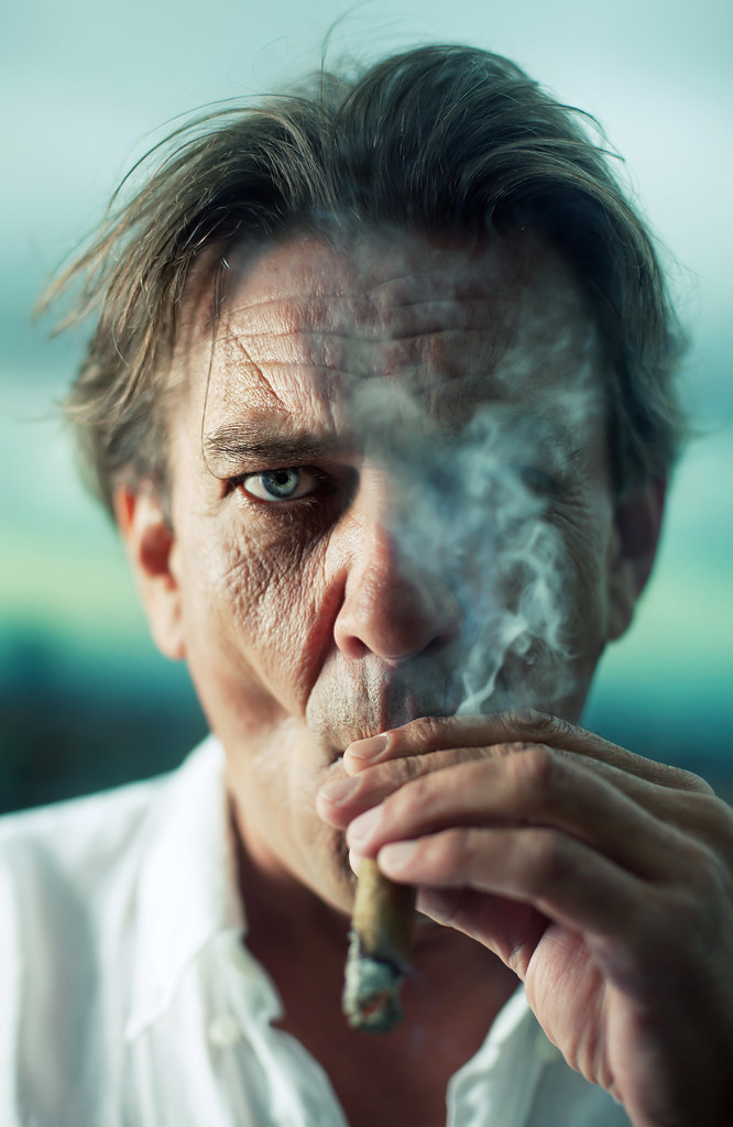 One Eye Smoke - Stunning Collection of Smoking Portraits