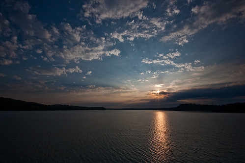 morning lake chattanooga sunrise tennessee reservoir tva tennesseeriver tennesseevalleyauthority chickamaugalake