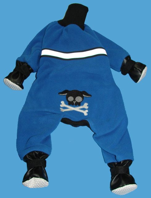 Fleece Snow Suits for Dogs http://www.flickr.com/photos/crestedcrazy/5031882212/