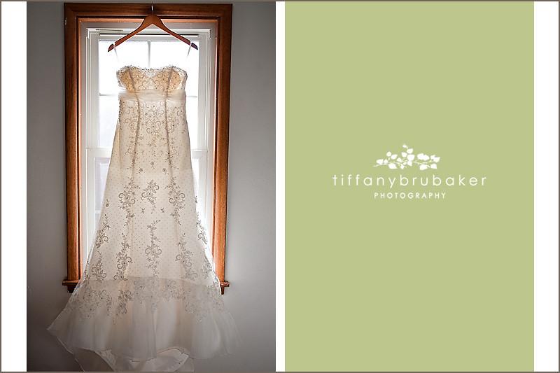 Jim christina s wedding sneak peak la crosse wi for Wedding dresses la crosse wi