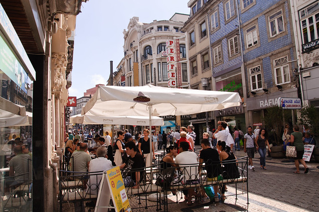 Majestic Cafe - street
