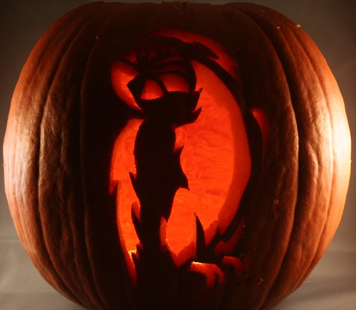 How to Carve a Perfect Pumpkin - illistyle.com
