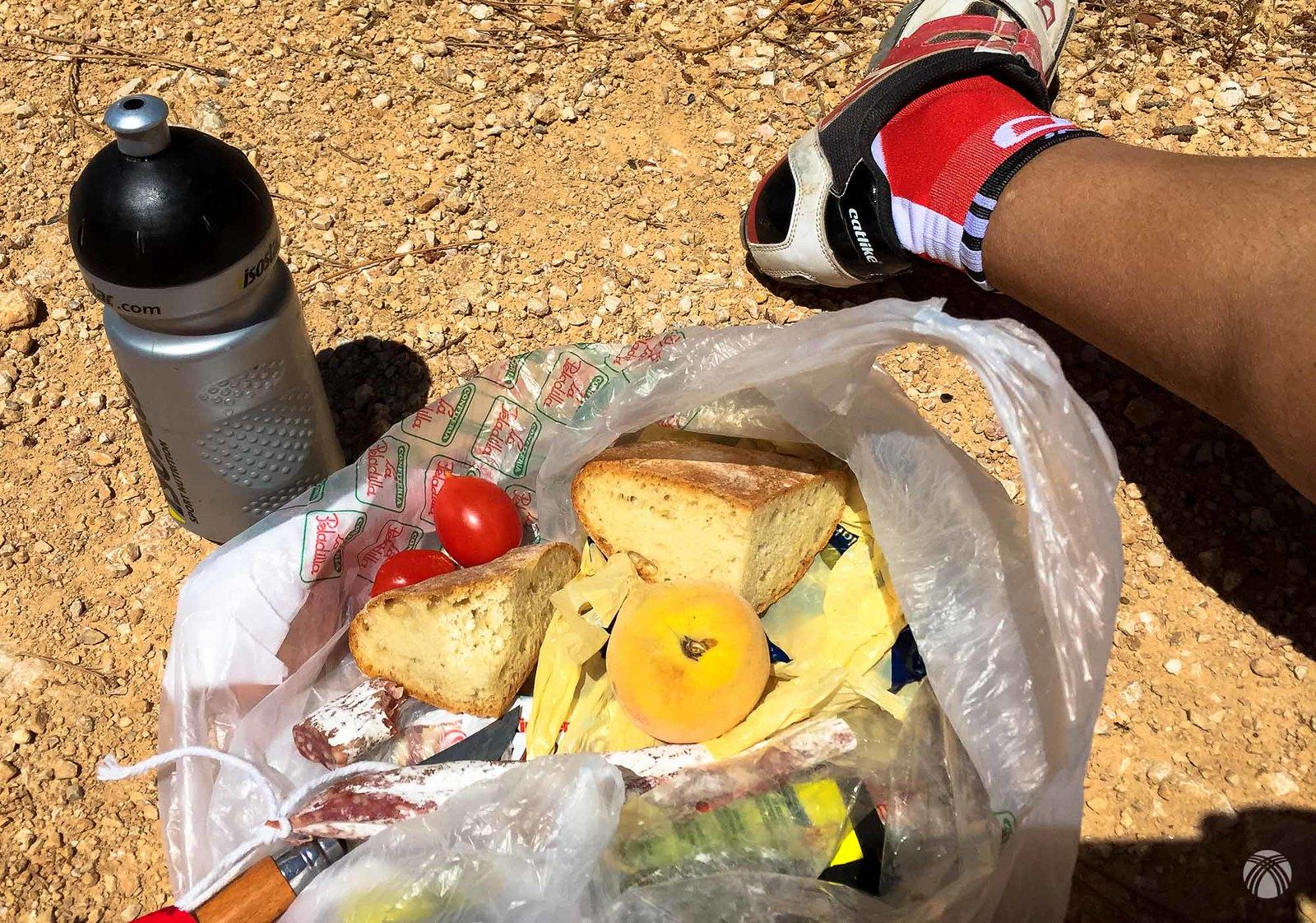 Almuerzo a mitad de la subida