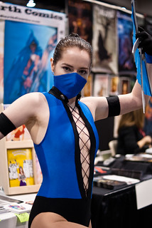 Mortal Kombat Girl