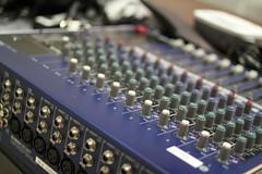 electronic device, mixing console, analog synthesizer, electronic instrument,