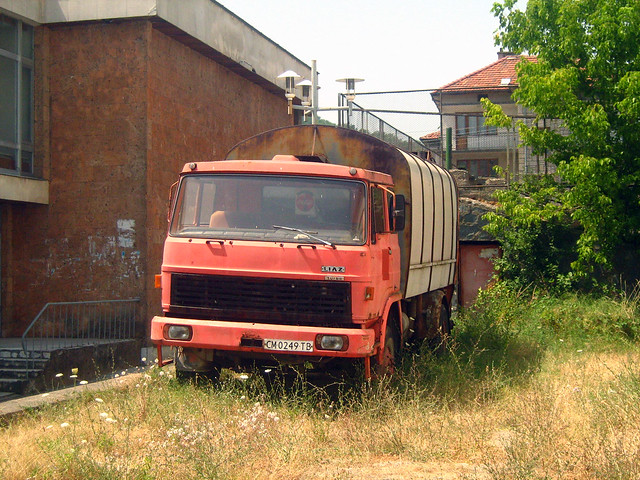 Камион за смет ЛИАЗ 110 Мадара Златоград 2007 г. Kamion pro svoz komunálního odpadu LIAZ 110 Madara Zlatograd Bulharsko