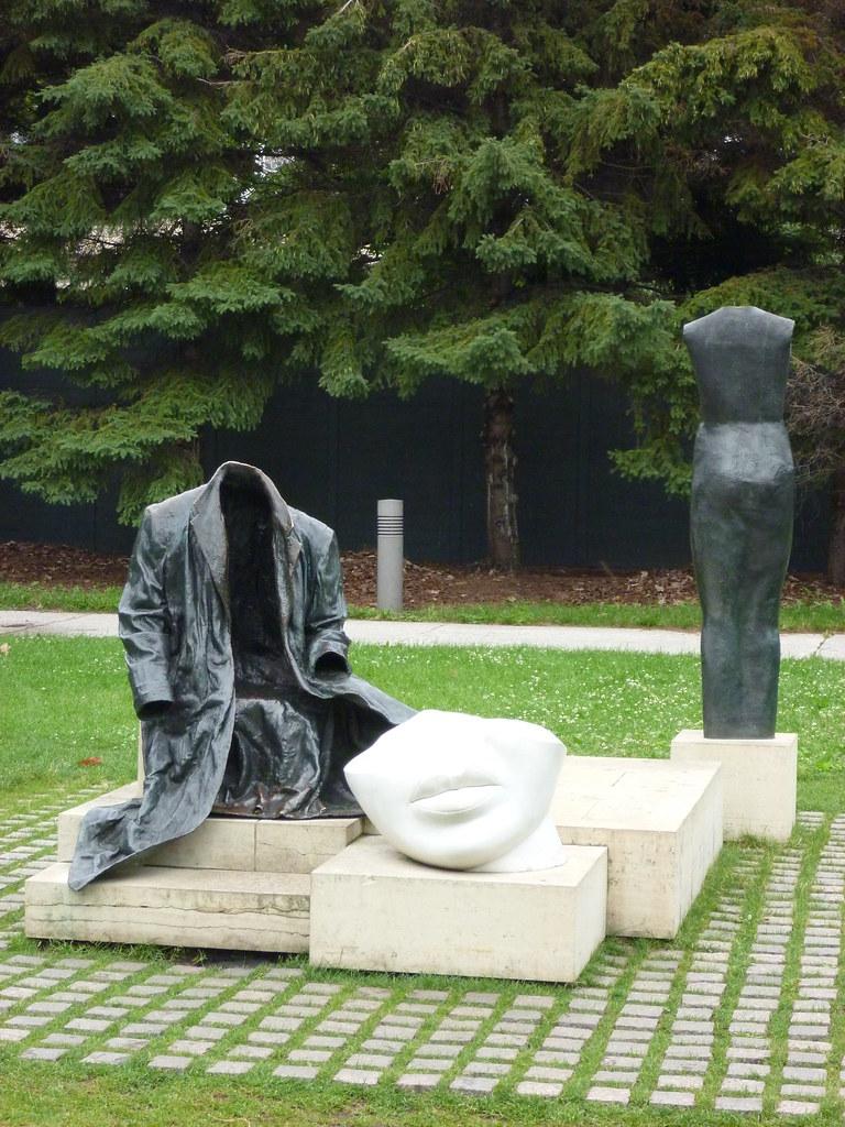 40 Striking Photos Of The Sculpture Garden In Minneapolis Minnesota Places Boomsbeat