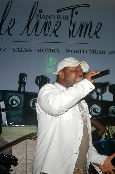 Kutchala Sutchi, Le Live Time, Abidjan Riviera, 7.08.2010 (3205)