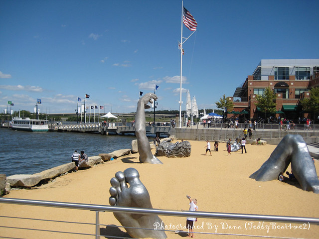 The awakening sculpture flickr photo sharing for Awakening sculpture national harbor