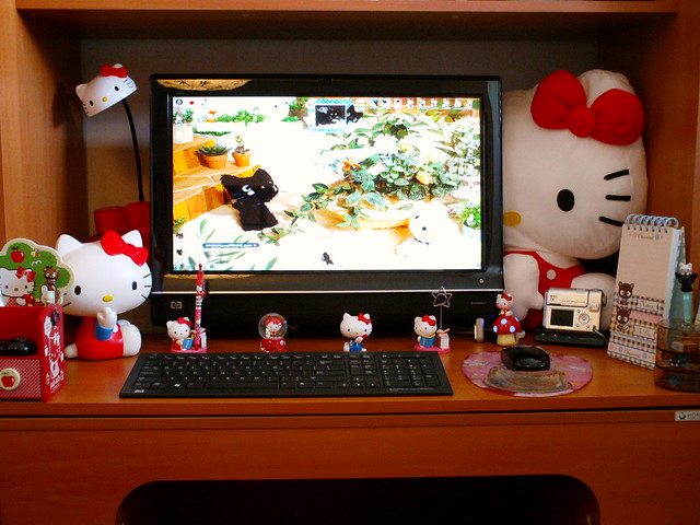 Hello Kitty on my Computer Desk. 28   a gallery on Flickr