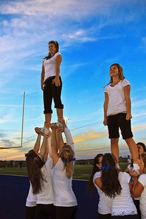 Cheerleaders - Triades