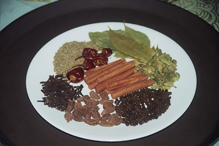 Spices used to make Garam Masala