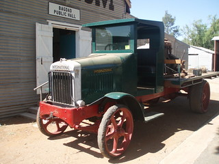 1924 International Harvester 5 ton truck