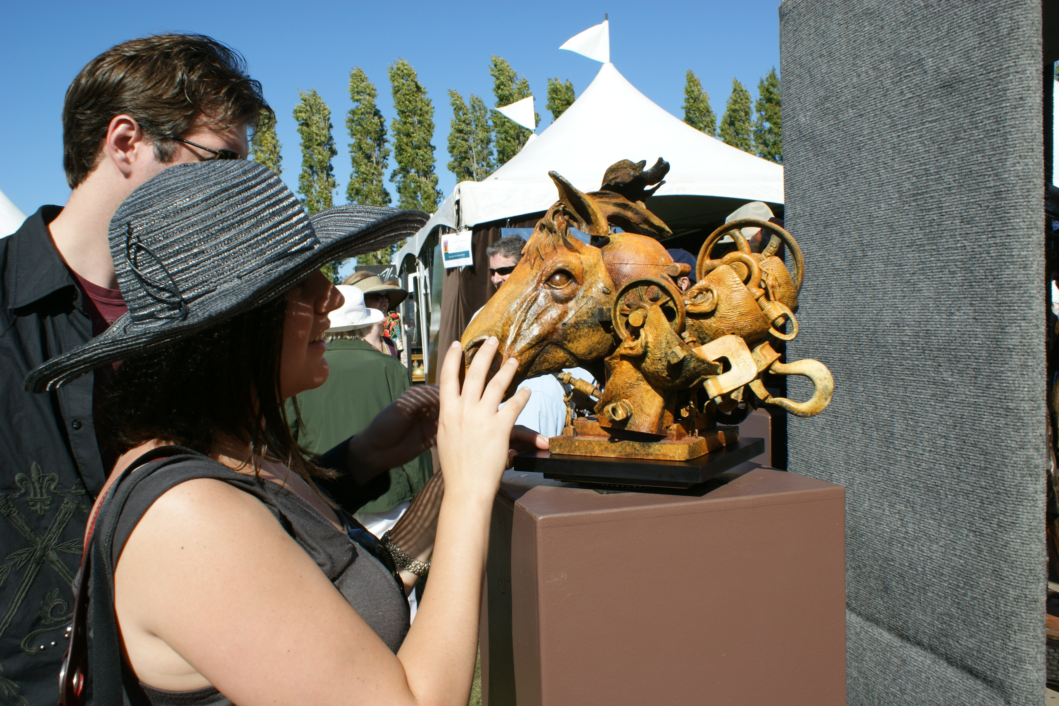 Craft Fairs - Sausalito Arts Festival by Daniela, via flickr