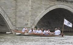 rowing(0.0), gondola(0.0), canoe(1.0), vehicle(1.0), skiff(1.0), watercraft rowing(1.0), boating(1.0), watercraft(1.0), boat(1.0),