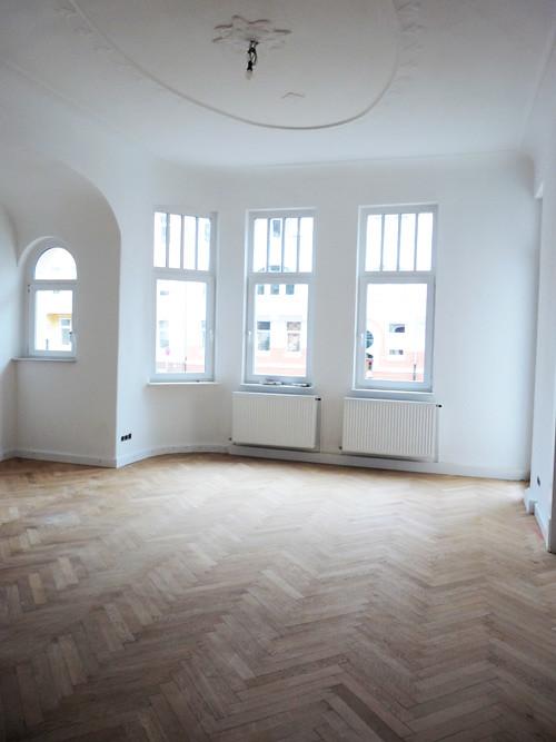 Chevron and herringbone door sixteen for Wood floors in the new apartment