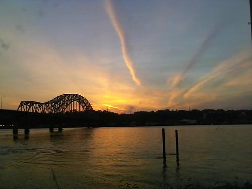 bridge sunset mississippiriver 101010
