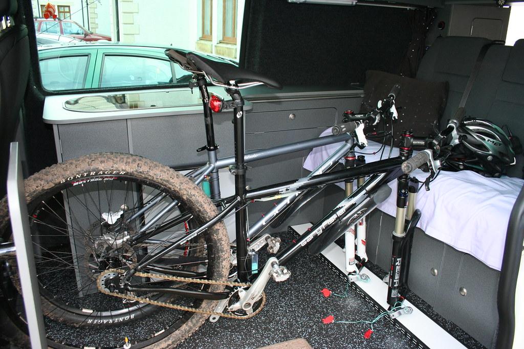 in car van bike racks singletrack magazine. Black Bedroom Furniture Sets. Home Design Ideas