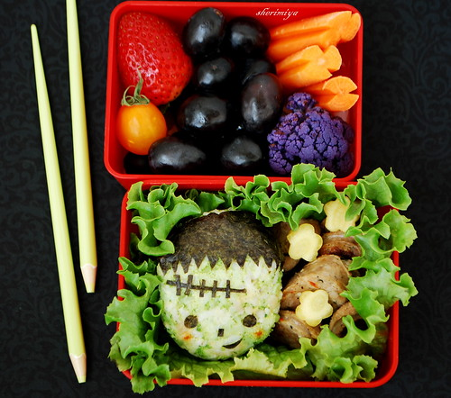 great bento ideas more halloween bentos just bento. Black Bedroom Furniture Sets. Home Design Ideas