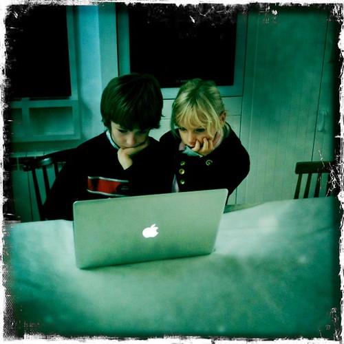 Kids & Computer (Fabrice Caduc)