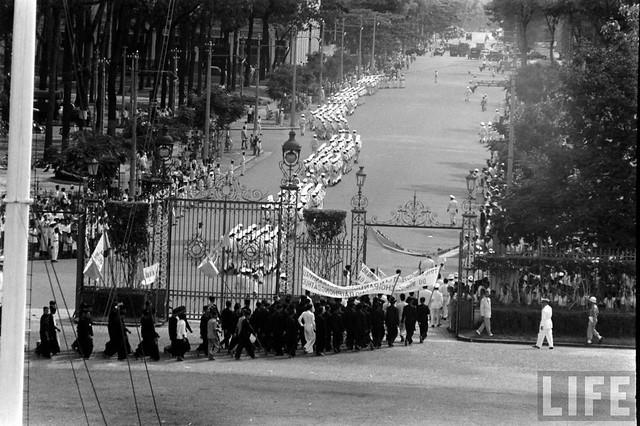 Saigon 1955 (2)