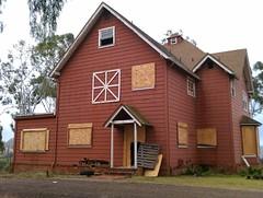 Abandoned(?) Barrett House Ranch