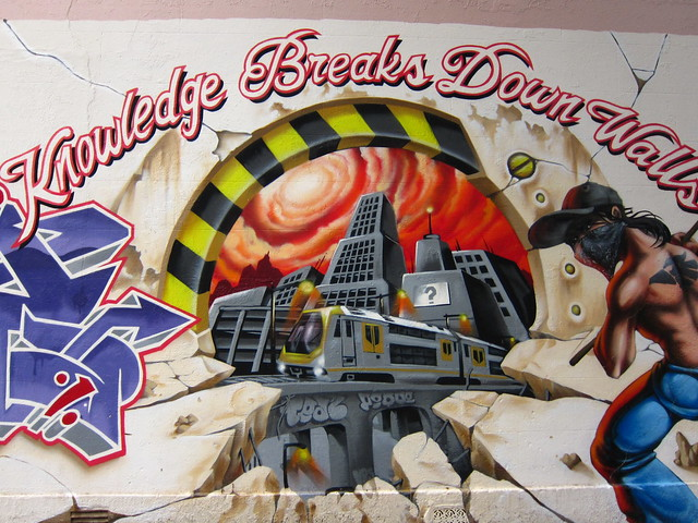Knowledge Breaks Down Walls - Location: 73 Pine Street, Chippendale, Sydney, New South Wales, Australia