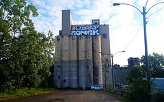 Silo Lindseed Oil (West Facade) - Montreal 2017