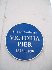 Photo of Victoria Pier blue plaque
