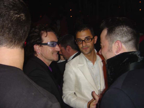 BONO (Paul David Hewson) - U2 & Arash Derambarsh (Stade de France - Paris)