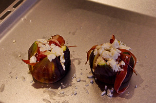 Fig with prosciutto and goat's cheese