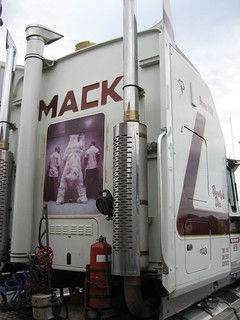 'Bundy's Den' Chappell Transport Mack Titan