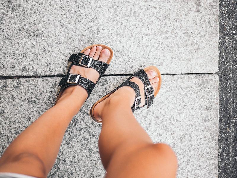 Take me sandaalit (1 of 1)