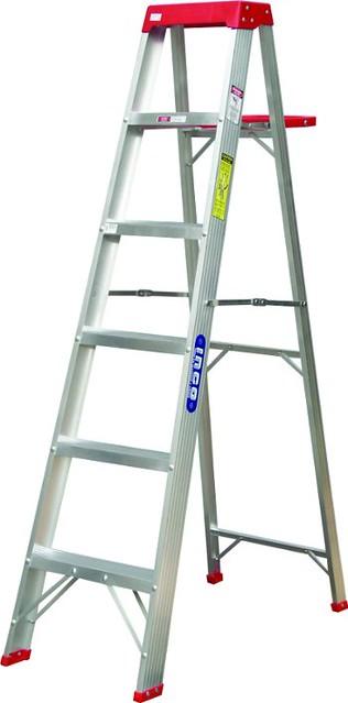 Escalera tipo tijera de aluminio de uso domestico flickr for Escalera de aluminio extensible 9 metros