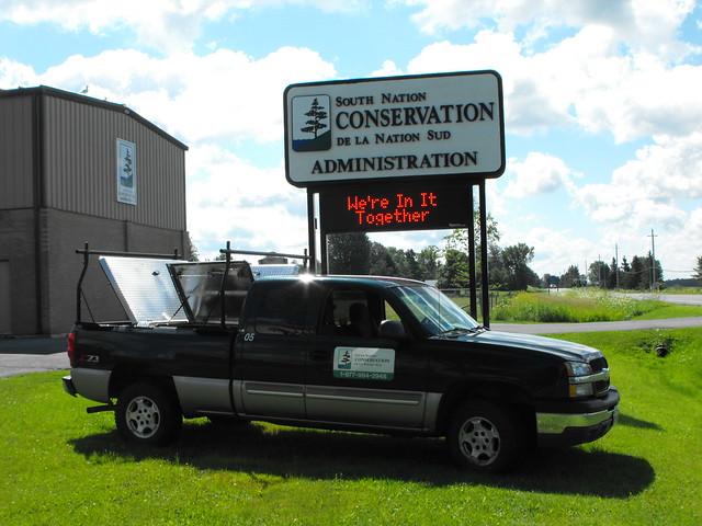 Truck Covers: Diamondback Truck Covers Canada