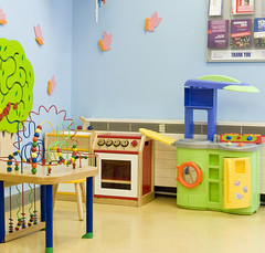 play(0.0), classroom(0.0), dollhouse(0.0), furniture(1.0), room(1.0), kindergarten(1.0), toy(1.0),