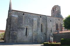 Eglise de Genouillé