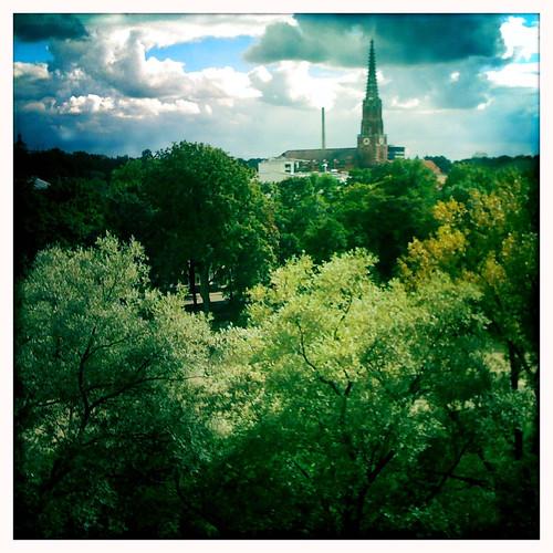 tree church munich munchen takenon1stgeniphone