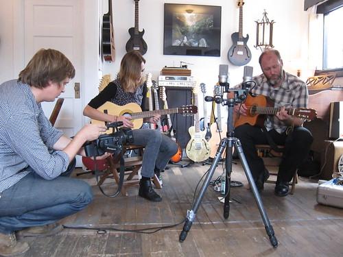 crooked fingers afternoon set at old style guitar shop la 9 7 2010 andy sternberg. Black Bedroom Furniture Sets. Home Design Ideas