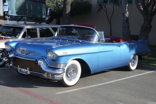 1957 Cadillac Series 62 Eldorado Biarritz 2d cnv - blue - fvl