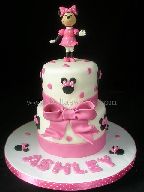 Minnie In Pink Cake   Bolo Da Minnie Rosa
